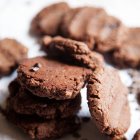 5 Ingredient Chocolate Peanut Butter Cookies
